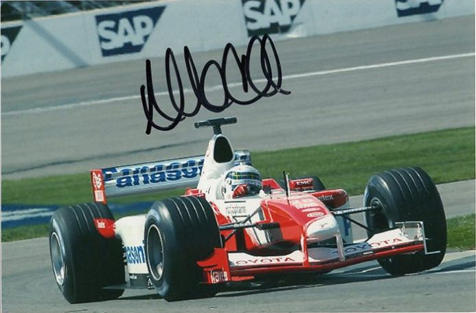 Allan McNish, Toyota F1, signed 6x4 inch photo.